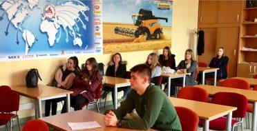 Fakulteto dėstytojai skaitė paskaitas moksleiviams ASU atvirų durų dienoje